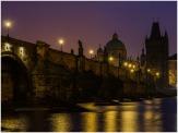 Blaue (violette Stunde) an der Karlsbrücke