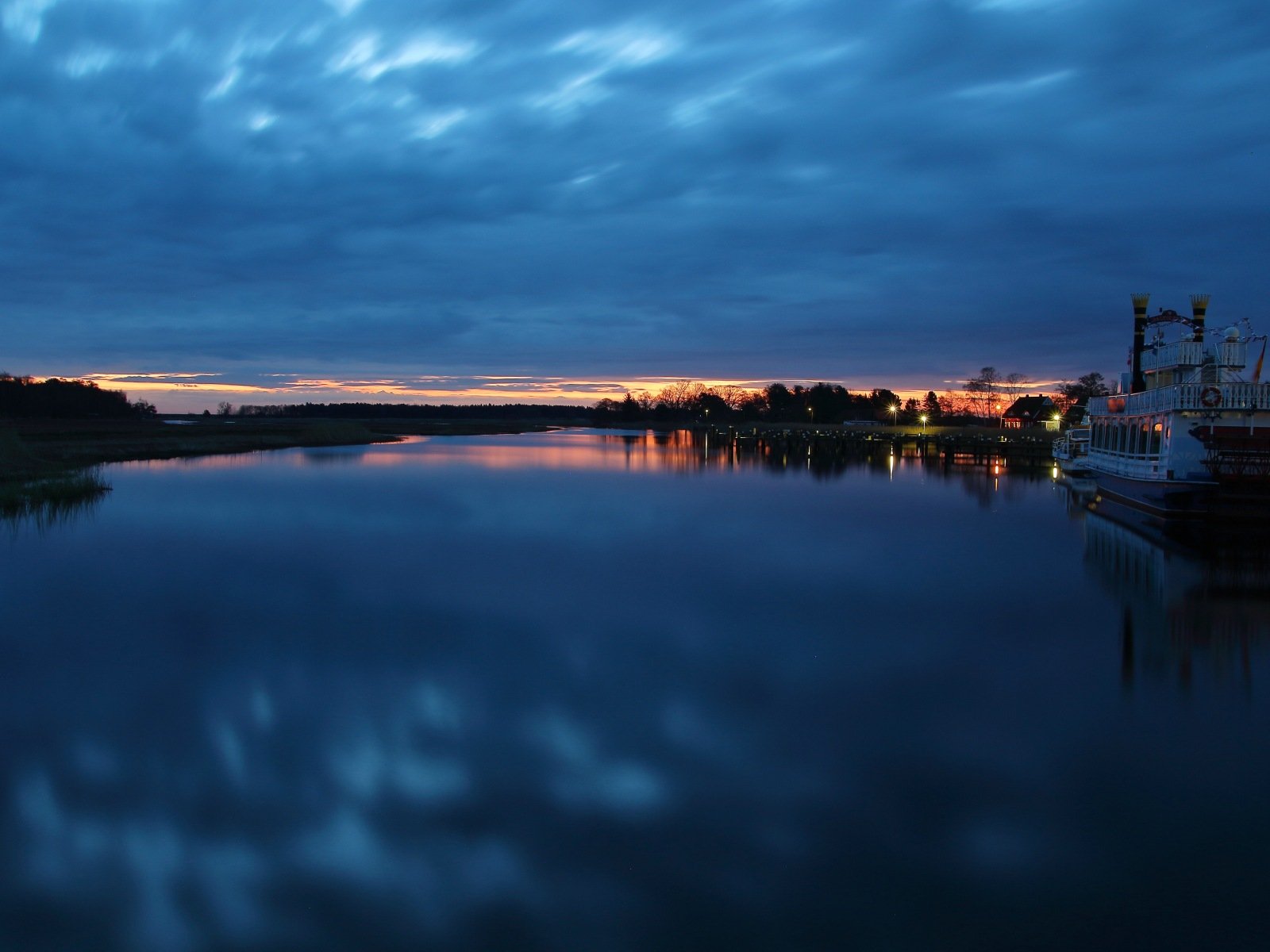 Landschaften in der Blauen Stunde