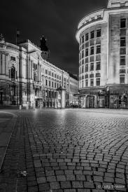 Deutsche Bank und Merkurhaus - dahinter der Turm des Neuen Rathauses